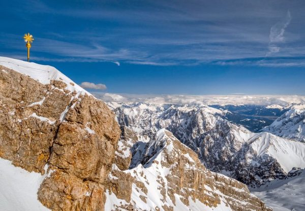 germany-top-attractions-zugspitze-massif